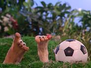 Oobi-Frieda-Friend-soccer