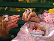 Oobi-Baby-Sheila-thanking-Oobi
