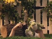 Oobi-Kako's-Puppy-frog-toy