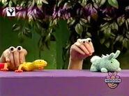 Oobi-shorts-Toys-lizard