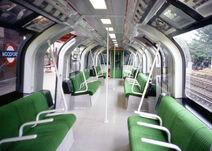 London Underground 1986 Stock (Green) -Inside - 2-