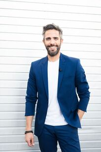 OT Host Roberto Leal