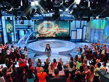 File:4 - Oprah Show Set.jpg