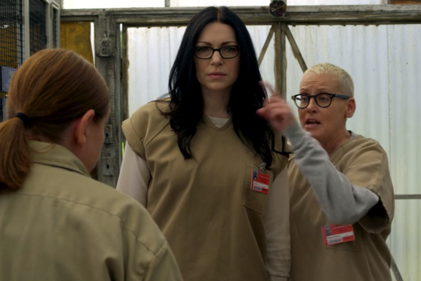 File:04x01, Frieda, Alex, Lolly.png