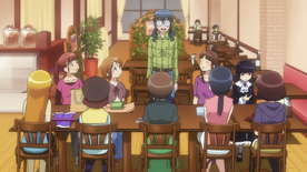 Otaku Girls Unite in the cure maid cafe