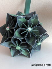 Flower Green Kusudama Ball 03
