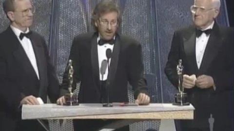 """""""Schindler's List"""" winning Best Picture-0"""