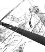 Tamaki plays the piano