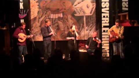 Ellen MacDonald & DÀIMH - O Fair a Nall Am Botal (7 11)