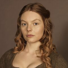 Laoghaire's play for married Jamie