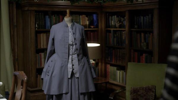 T03E05 El vestido