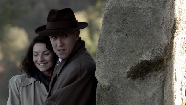 File:S01E01-Screencap19.jpg