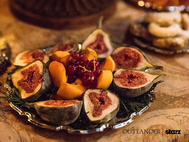 File:S2-still-outlander-starz-fbpic4.jpg