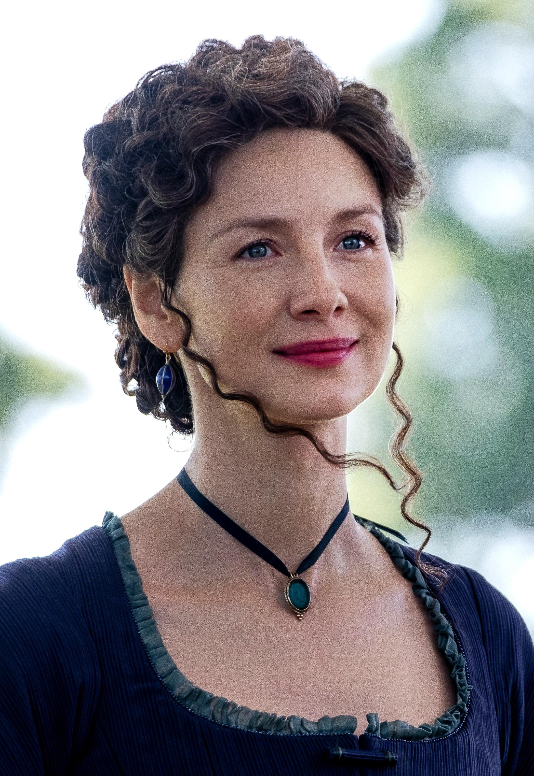 Outlander Claires Pearl Necklace Replica