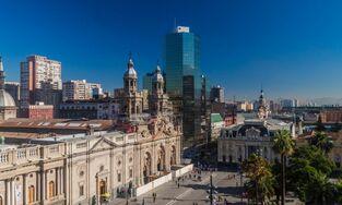 Plaza-de-armas-y-catedral-castro-shutterstock-ATR140-mpo4j29xv0qwbpk2aqbm4n51wty3z3hi3p6p5zoq5s