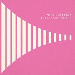 Miss-Caffeina-Mira-como-vuelo-2016