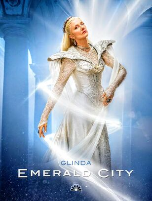 Rs 634x838-160715115813-634.glinda-emerald-city.ch.071516