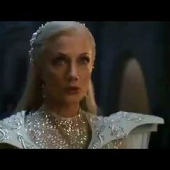 Glinda In Emerald City (NBC)