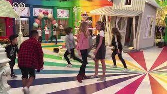 Aidan Gallagher BTS Wizard of Quads Casey Simpson Mace Coronel Lizzy Greene Jade Pettyjohn MosC