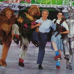 <b>Director Jerry Bilik of The Wizard of Oz On Ice with Jeri Campbell as Dorothy, Andrei Kirov as the Scarecrow, Brent Frank as the Tin Woodman, and Mark Richard Farrington as the Cowardly Lion</b>