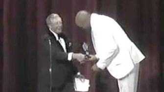 Ray Bolger Presents Tony for Best Director to The Wiz (1975)