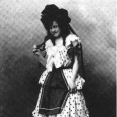 Anna Laughlin as Dorothy