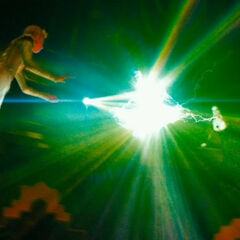 Glinda & Evanora's battle