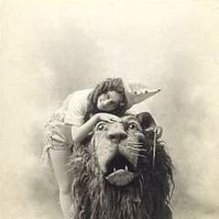 Arthur Hill as the Lion and Anna Laughlin as Dorothy