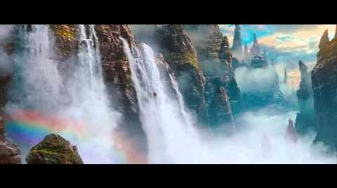 "Oz the Great and Powerful ""Waterfall"" Extended Clip - James Franco, Mila Kunis"