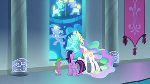 Twilight, Spike, and Celestia look at stained glass S8E7