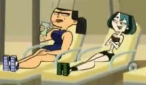 Eva and Gwen sunbath
