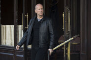 Bruce-willis-returns-as-frank-moses-the-ex-cia-agent-who-keeps-getting-pulled-out-of-retirement-136381849607902601-130729103445