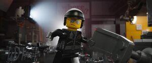 Bad Cop help the Master Builders