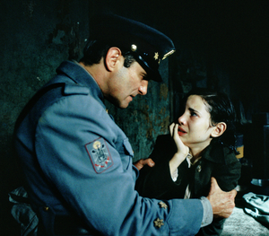 Ofelia captured and threatened by Captain Vidal