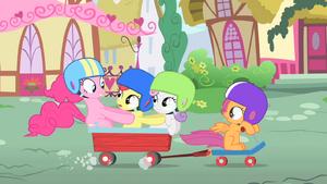 Pinkie Pie riding to Sugarcube Corner with the CMC S1E23