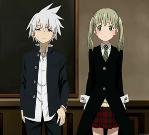 Soul-and-Maka-soul-eater-not-36911259-500-454