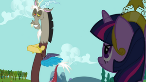 Twilight looks at Discord (S03E10)