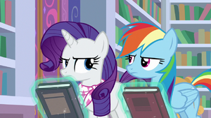 Rarity and Rainbow glare at each other S8E17