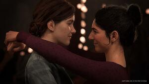 Ellie-and-Dina