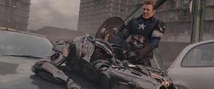 Captain-America-pulls-Ultrons-arm