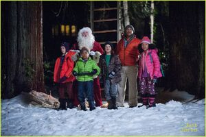 Santa-hunters-stills-exclusive-clip-08