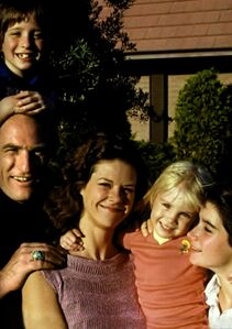 Poltergeist 1 Blu-Ray Book Pages 19 and 20