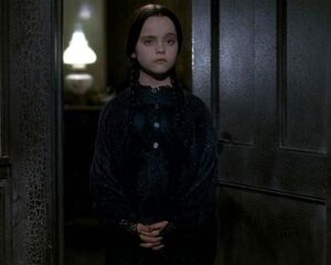 Wednesday-addams-family-12358857-567-453