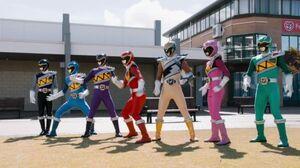 Power.Rangers.Dino.Charge.S22E18