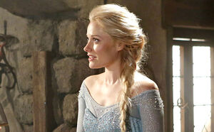 Once-Upon-a-Time-Frozen-01