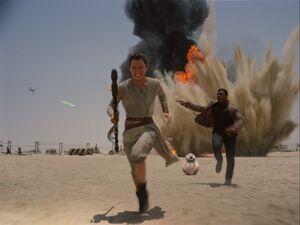 Rey, Finn and BB-8 running