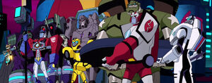 Optimus and his Team with Jazz, Lugnut, Megatron and Shockwave