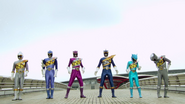 C6b12-kyoryuger100yearsafternewteamcolours