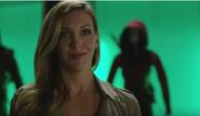 Felicity-smoak-is-skeptic-and-suspicious-about-laurel-lances-return-in-arrow-season-5-episode-10