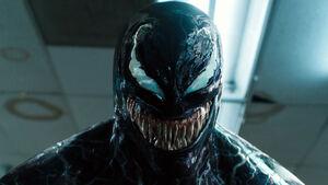 Venom-2018-movie-4k-8h